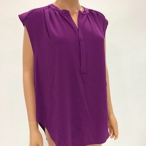 Sophisticated sleeveless top NWT
